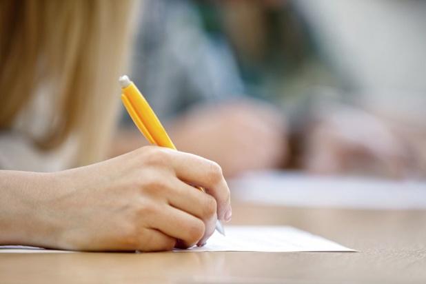 Évaluations dans l'enseignement supérieur : si on faisait confiance aux étudiants ?