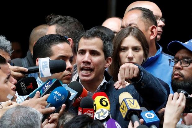 """Juan Guaido appelle à """"la plus grande manifestation de l'histoire"""" du Venezuela le 1er mai"""