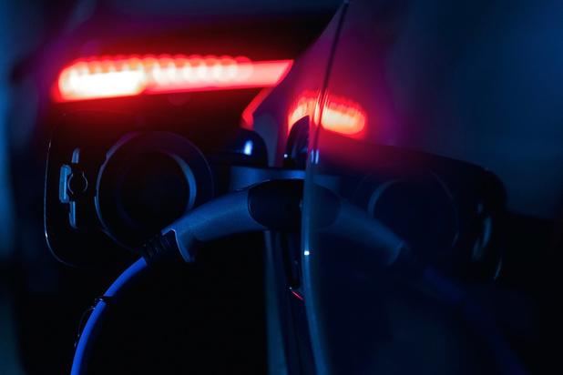 Une voiture électrique est-elle sûre?