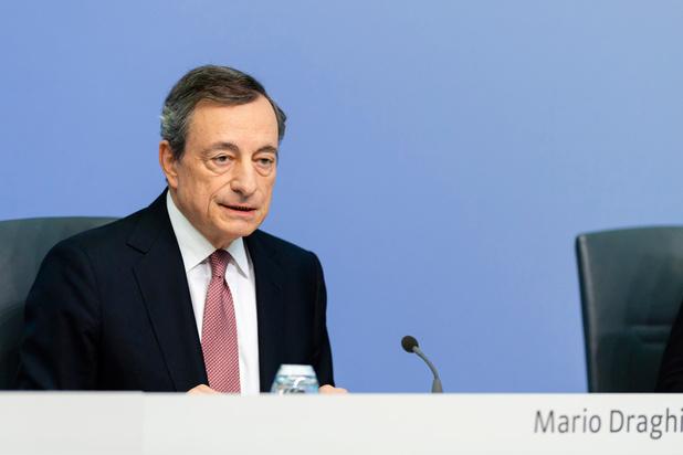 Mario Draghi wijst op risico's Belgische huizenmarkt en zwaait af