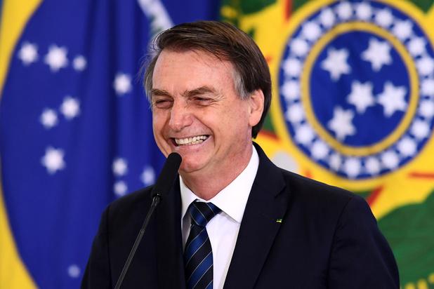Au Brésil, le président Bolsonaro défend le travail des enfants