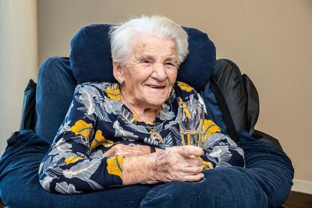 Oudste inwoner van Roeselare Agnes Debaeke overleden