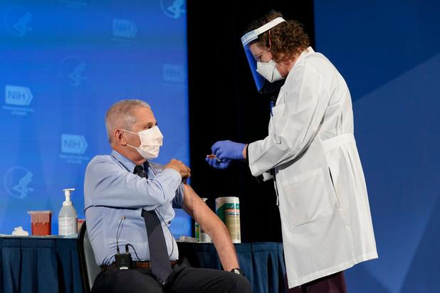 """Un million de vaccinations par jour aux États-Unis: """"nous pouvons le faire"""""""
