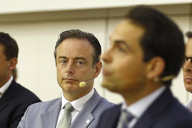 Vlaams Belang uitgenodigd voor derde gesprek bij Bart De Wever, SP.A en Groen nog niet