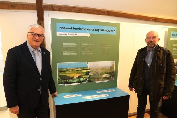 Tentoonstelling 'Landschap in Versnelling' geopend in Heuvelland