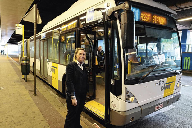 Marre de ces bus qui n'arrivent pas !