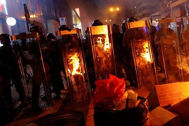 Manifestanten in Hongkong trekken opnieuw naar de luchthaven