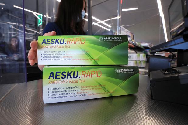 En Allemagne, les autotests covid se vendent comme des petits pains dans les supermarchés discount