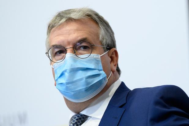 Pierre-Yves Jeholet testé positif au coronavirus