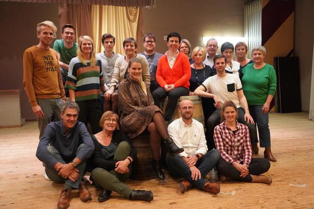 Karel Van Manderghesellen uit Meulebeke brengen intens stuk van Shakespeare - Krant van Westvlaanderen