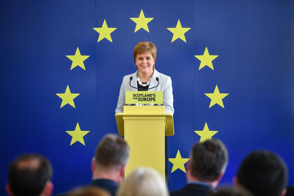 Schots premier Nicola Sturgeon: 'De meeste Schotten vinden Johnson ongeschikt als premier'