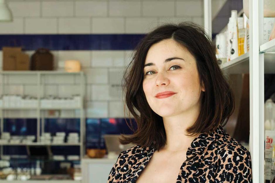 Eva Trappeniers is een duurzame make-upartieste: 'Kleine aanpassingen maken een wereld van verschil'
