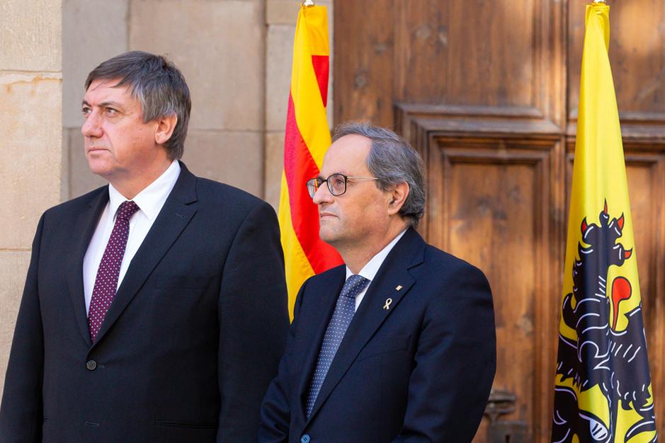 Jan Jambon in Catalonië: emotie, symboliek, realpolitik
