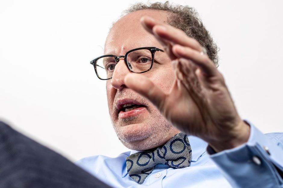 Professor Marc De Vos leest politici de levieten: 'Wat is er hier nog van internationaal niveau?'