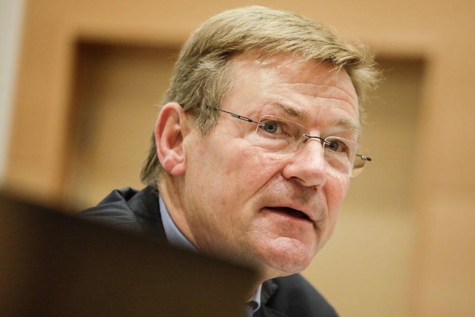 Johan Van Overtveldt (N-VA): 'We mogen aan het klimaatprobleem geen financiële kater overhouden'