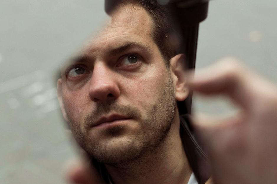 Lucas De Man cureert Theater aan Zee: 'Mijn doodsverlangen geeft me evenveel energie als levenslust'