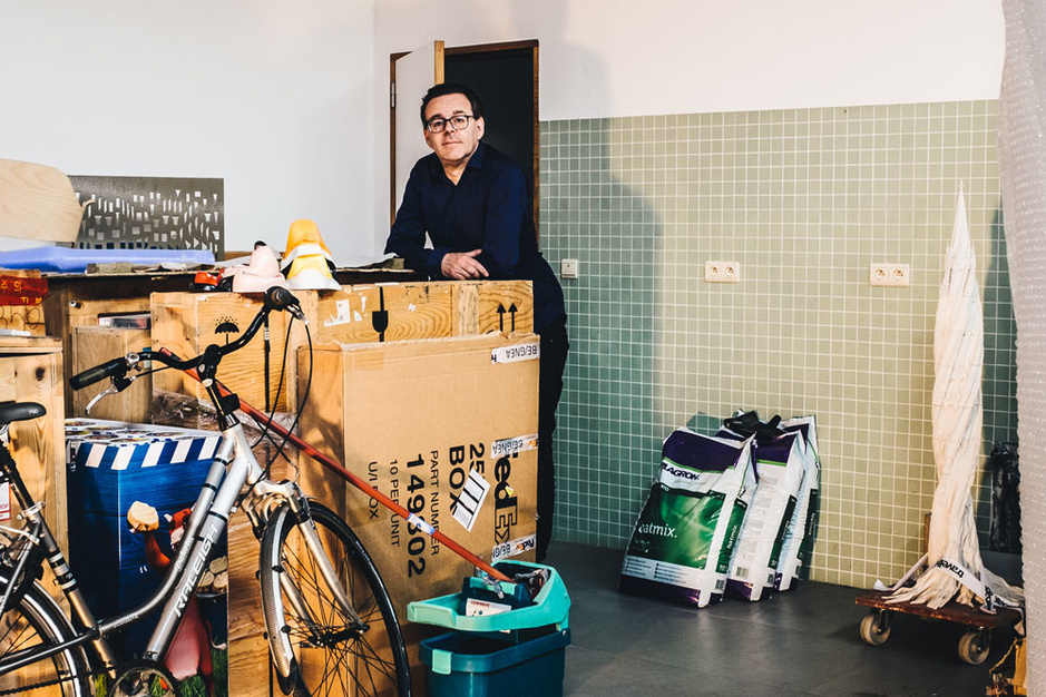 Kunstenaar Wim Delvoye: 'Geen enkele vrouw kan tippen aan mijn moeder'