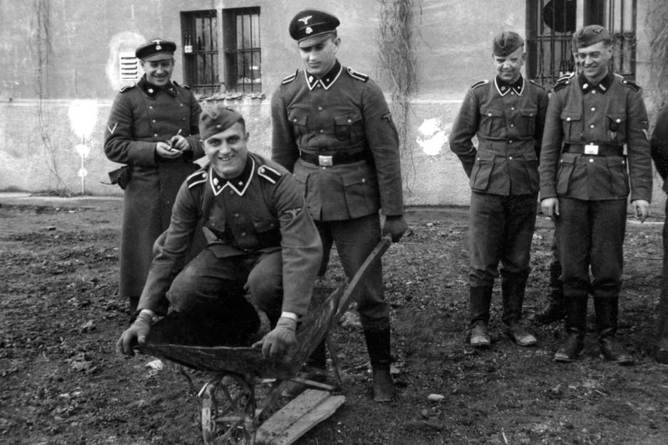 In beeld: Auschwitz.camp, een nieuwe kijk op de moordfabriek van de nazi's