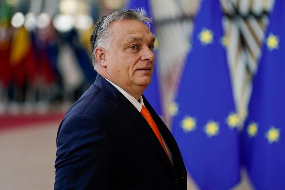 Misbruikt Viktor Orbán de coronacrisis om zijn greep op Hongarije te verstevigen?