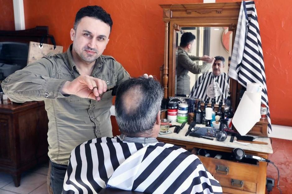 Iraakse kapper start in de Oostendestraat