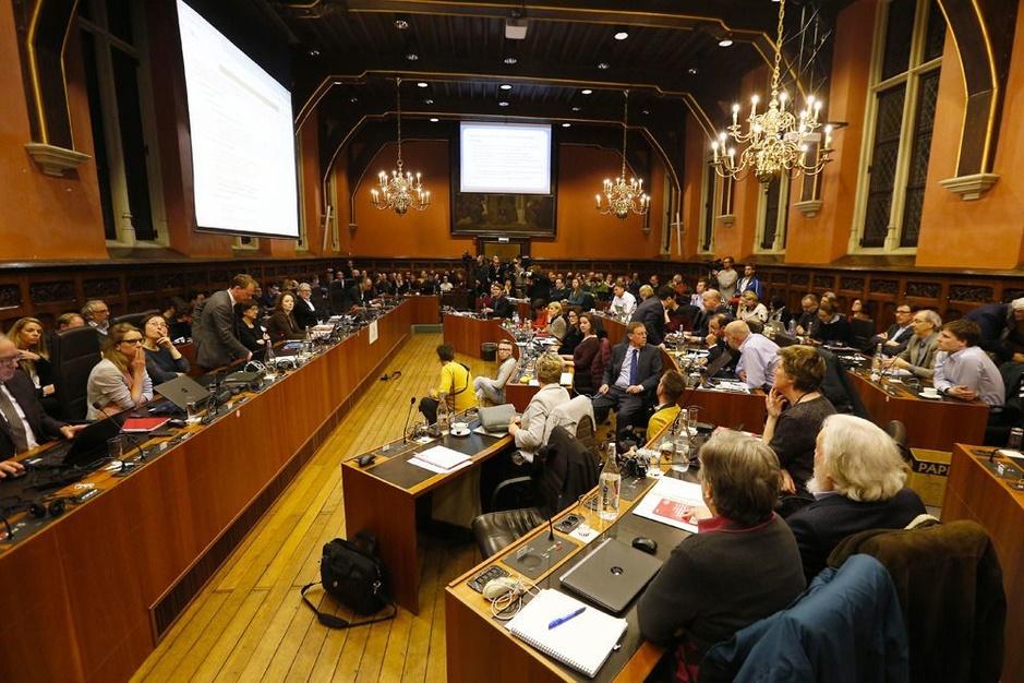 Factcheck: Nee, Gentse kabinetsmedewerkers krijgen geen bijkomende premie