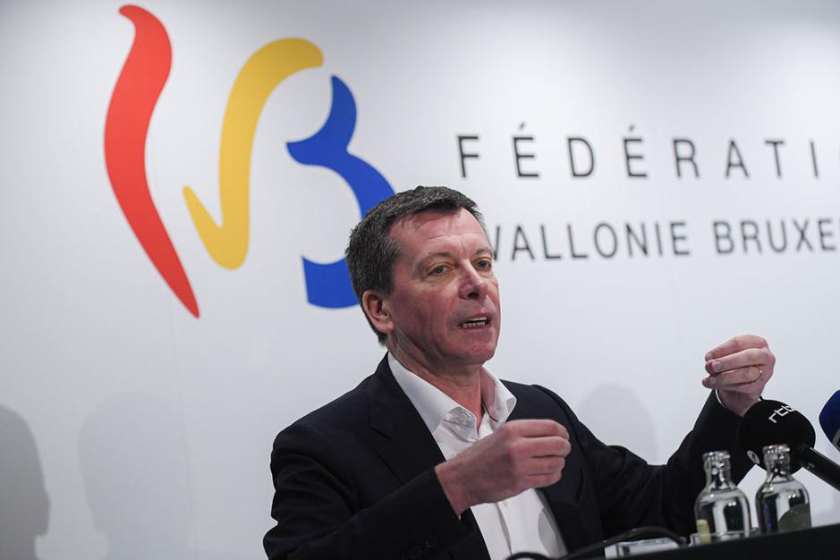 De balans: Franstalige regeringen straks opnieuw op bedeltocht