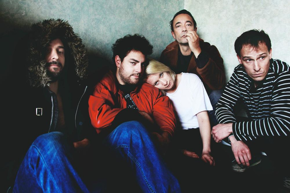 Torhoutenaar staat met groep Reena Riot op Cactusfestival in Brugge