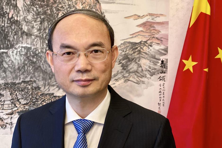 Cao Zhongming (Chinese ambassadeur in België): 'Paniek is ook een besmettelijk virus'