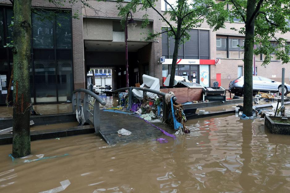 Professor Niko Verhoest (Bos- en Waterbeheer UGent): 'Een superramp is moeilijk te vermijden, maar wel te beperken'