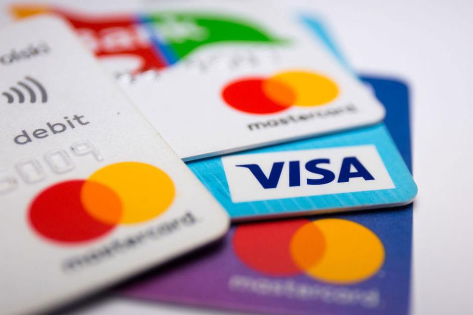 Visa Debit en Mastercard Debit: waarin zit de meerwaarde?