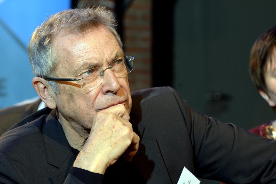 Mark Elchardus over de hogere drempels voor nieuwkomers: 'De vergelijking met het 70-puntenplan van het Vlaams Blok is onterecht'
