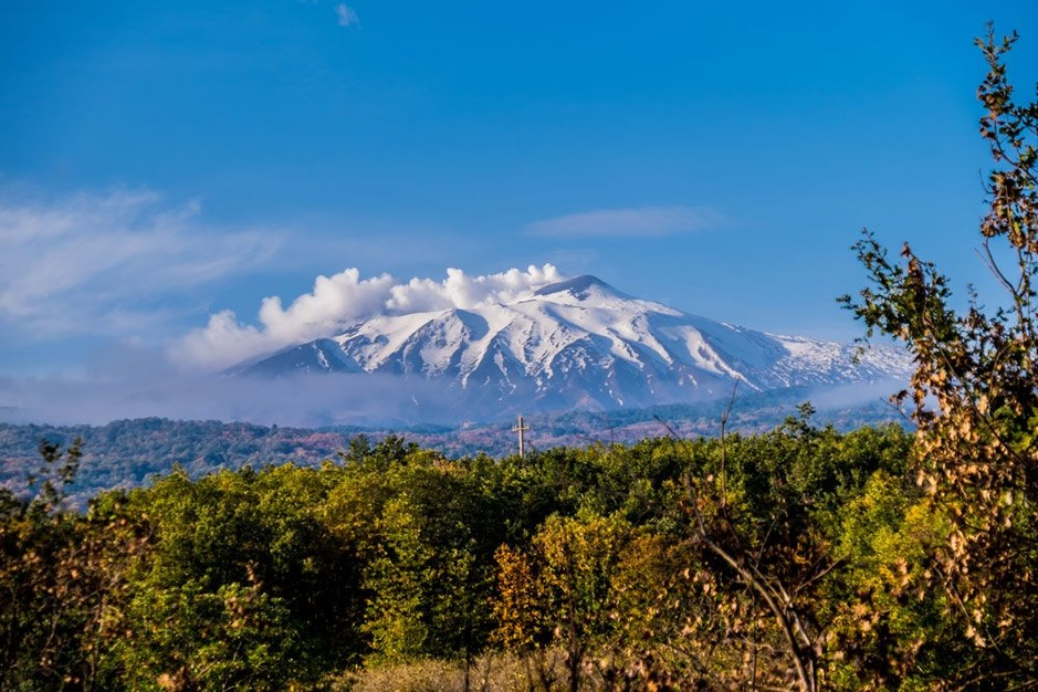 Vulkanische wijnen: de zoektocht naar de ultieme smaakexplosie