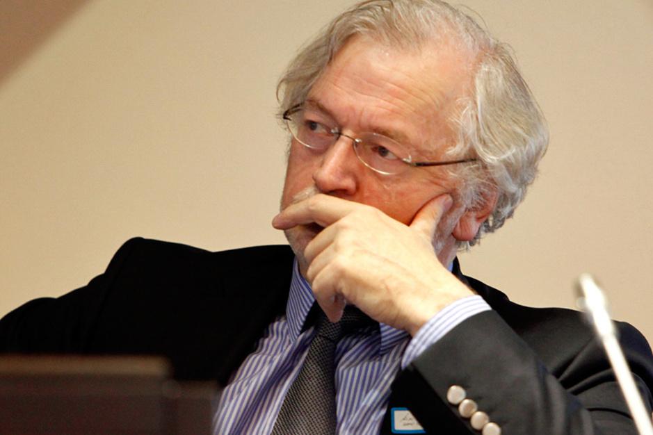 Rik Van Cauwelaert verwacht vervroegde verkiezingen: 'Boek geen reis in februari of maart'