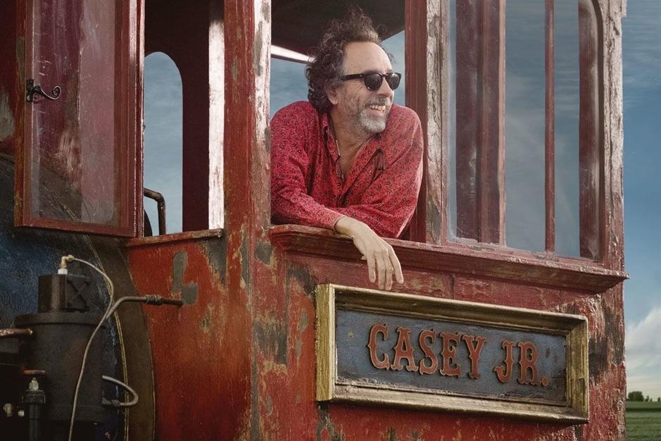 Waarom Tim Burton zich aan Dumbo waagde: 'Ik wil een eenvoudig verhaal plaatsen tegenover de chaos van de wereld'