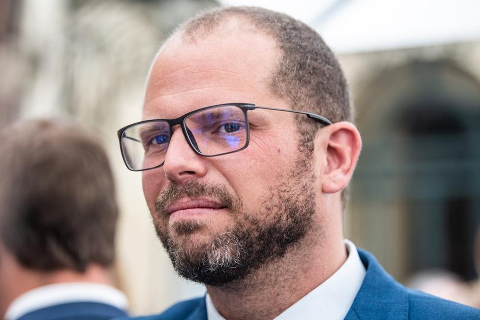 Theo Francken (N-VA): 'Eigenlijk zou België migranten naar Italië moeten overvliegen'