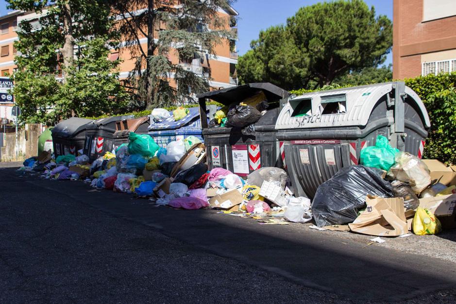 Rome overspoeld door vuilnis: 'Als het zo doorgaat, wordt het een medisch probleem'