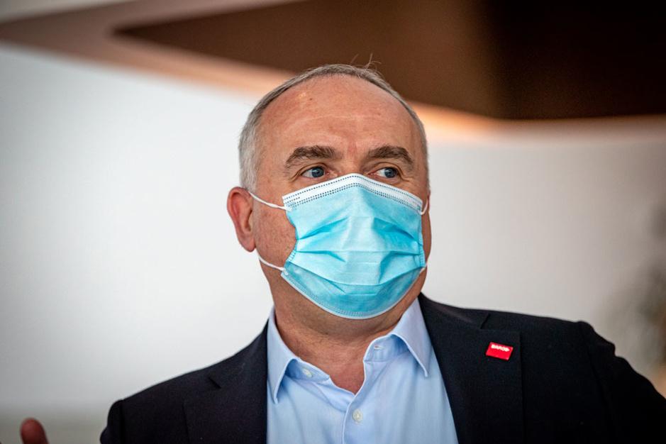 CEO Jan De Witte na de slechte resultaten van Barco: '2020 is een rollercoaster'