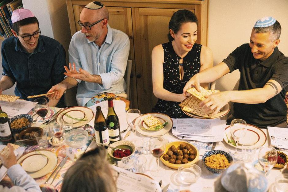 Vlaanderen feest in elke gemeenschap: zes keer lekker eten, mooie kleren en rituelen