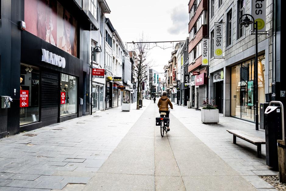 Coronacrisis: 'Winkelketens zonder duidelijke onlinestrategie zullen problemen krijgen'
