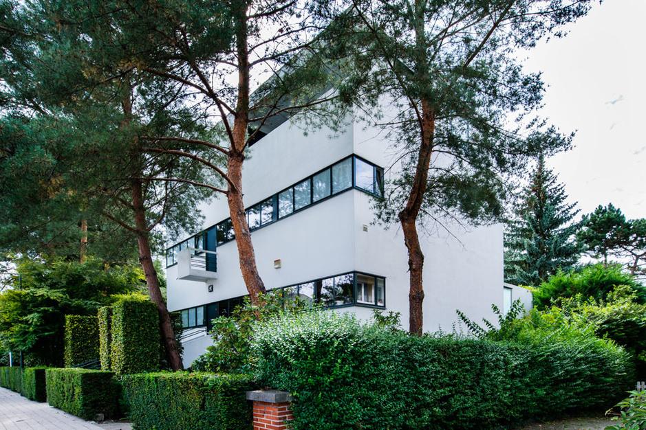 Bauhaus in Brussel: wandelen langs 8 modernistische parels