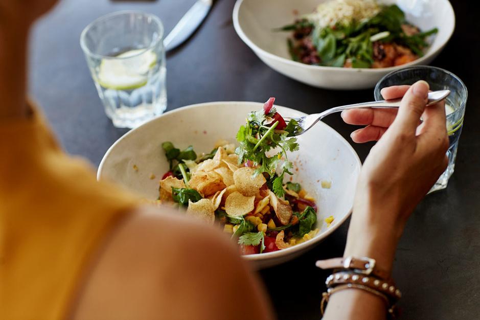 Stilterestaurants: deze app gidst u naar een restaurant waar u kunt eten én praten