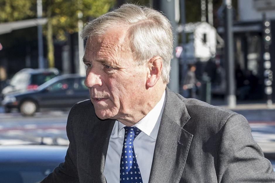 Jaap de Hoop Scheffer, gewezen NAVO-baas: 'Europa moet zijn eigen broek ophouden'