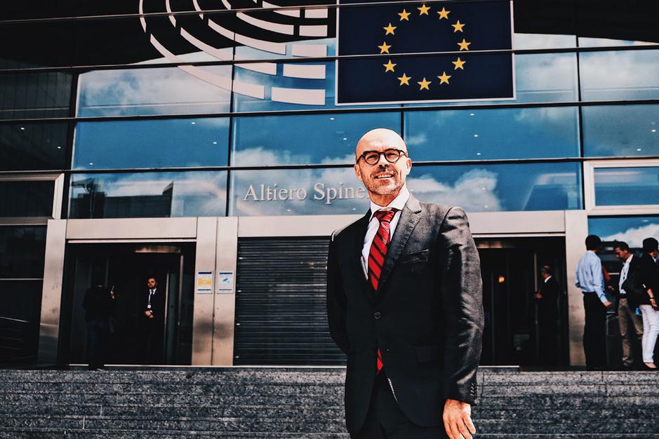 'Natuurlijk mag een onafhankelijk Vlaanderen niet bij de EU'