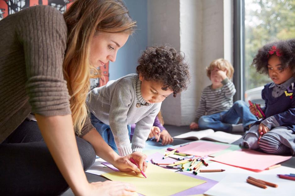 Stoelendans in de kleuterklas: Nederlandstalige basisscholen in Brussel zitten overvol