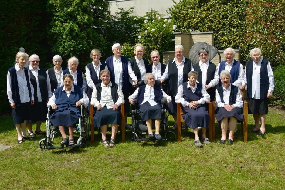 Zusters van Heist vieren 160 jaar met groot volksfeest