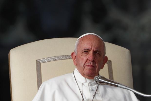 Paus Franciscus wil niet weten van gehuwde priesters