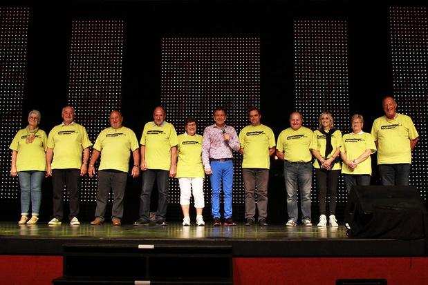 Luc Steeno bejubelt vrijwilligers van Kustschlagerfestival in De Panne