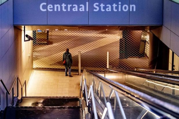 Nederlandse spoorwegen evalueren mogelijkheden om boven stations te bouwen