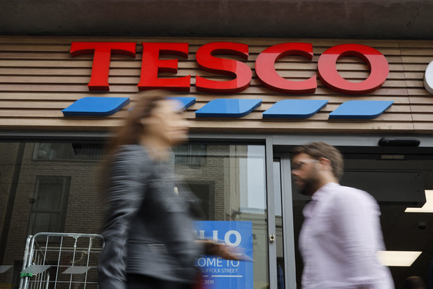 Britse supermarktketen Tesco lokt vrachtwagenchauffeurs met bonus