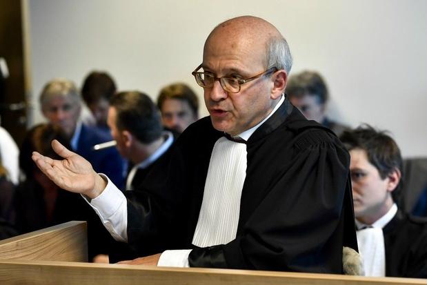 Bommetje onder tuchtzaak: advocaat Tubeke gelieerd aan bondsparket